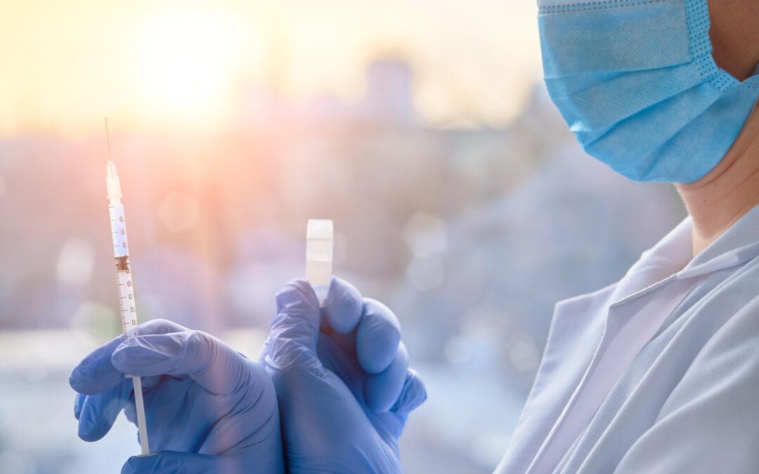 Szczepionka przeciwko COVID-19. Informacje, które mogą Ci się przydać.